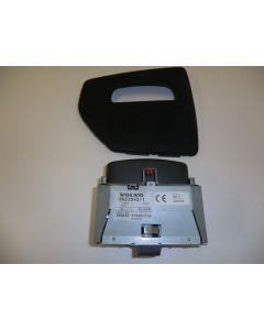 E7300 GPS NAVIGAATTORIN NÄYTTÖ GPS NAVIGAATTORIN KOJELAUDAN NOUSEVA NÄYTTÖ 8622042-1 S60 V70  00-06