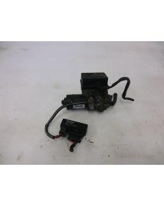 ABS pumppuyksikkö 850 92-96