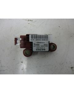 SRS törmäysanturi B-pylväs 30613043A S/V40 96-04