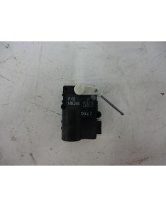Lämmityslaitteen säätömoottori f/r mr146 583 og17 S/V40 96-04