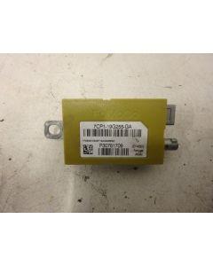 E9414 ANTENNIN VAHVISTIN VOLVO ANTENNIN VAHVISTIN 30761709 7CP1-19G255-GA S60 11-17 V60 14-17 XC/V70 07-16