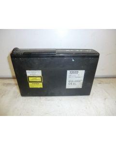 VOLVO 6 LEVYN CD-VAIHTAJA 8622225, ILMAN JOHTOSARJAA V70 S60 S80 00-04