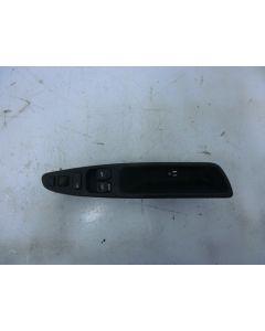 Ikkunan + lukituksen ohjainpaneeli vasen etuovi S/V40 96-04