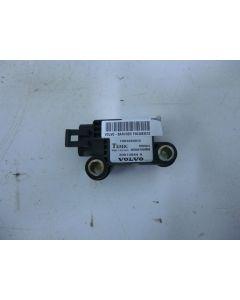 SRS törmäysanturi C-pylväs 30613044A S/V40 96-04