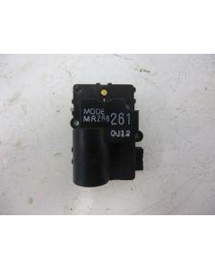 Lämmityslaitteen säätömoottori mr268 261 oj12 S/V40 96-04
